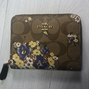 NWT Coach Floral Wallet